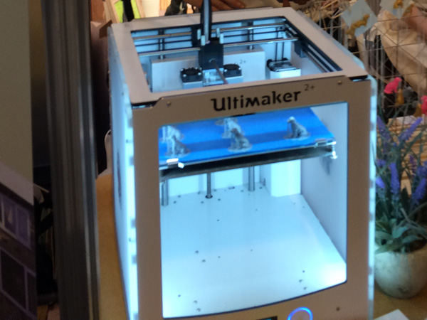 3d printing dogs at Crufts with an Ultimaker 2