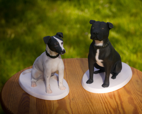 Dog memorial sculptures from Mon Petit Chien