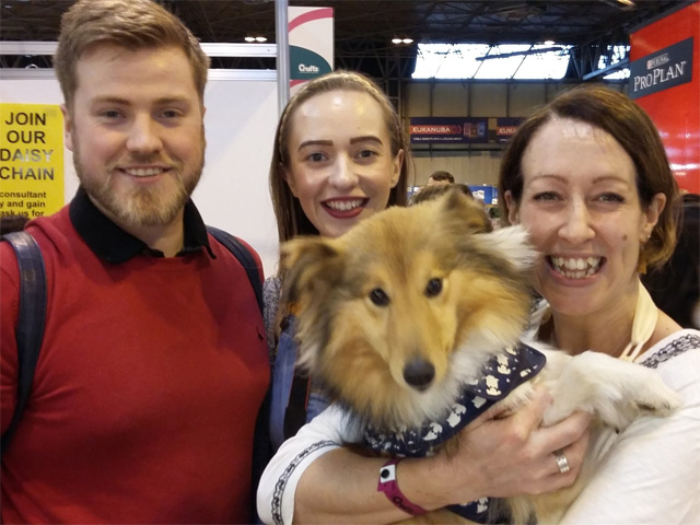 Polly the Sheltie meeting Polly from Mon Petit Chien at Crufts