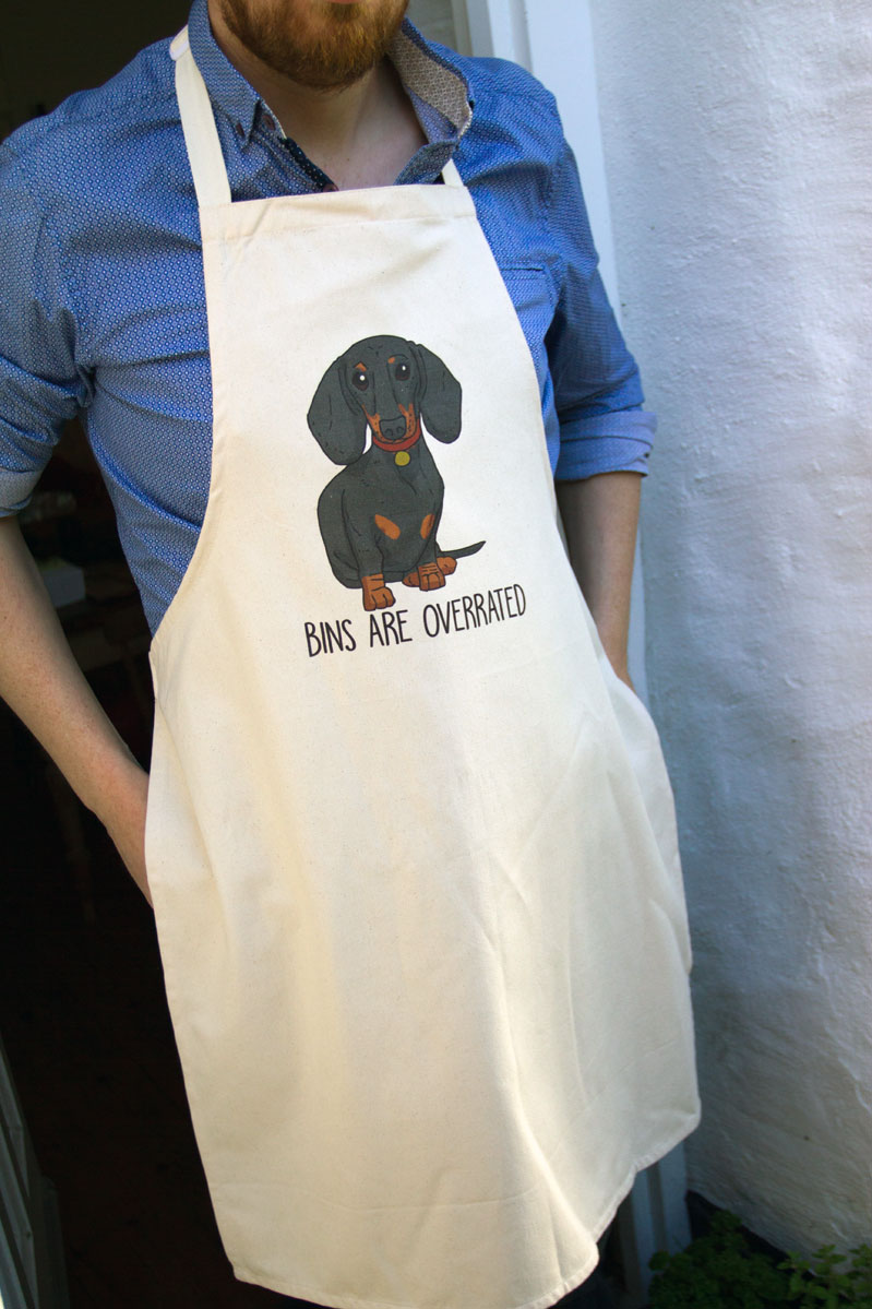 Dachshund apron makes a great Father's Day gift by Mon Petit Chien