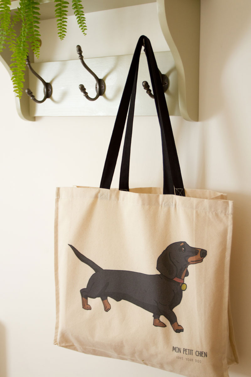 Dachshund tote bag by Mon Petit Chien