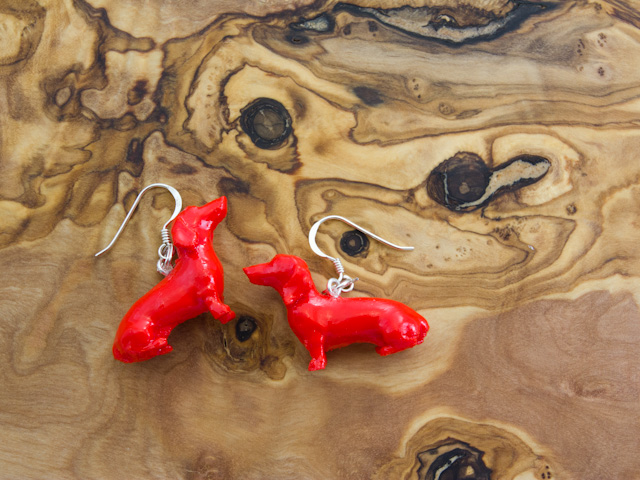 Red dachshund earrings by Mon Petit Chien