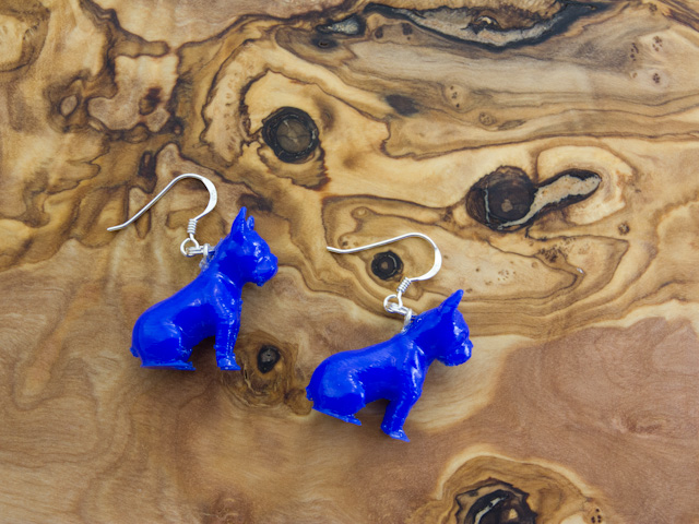 Frenchie earrings in blue