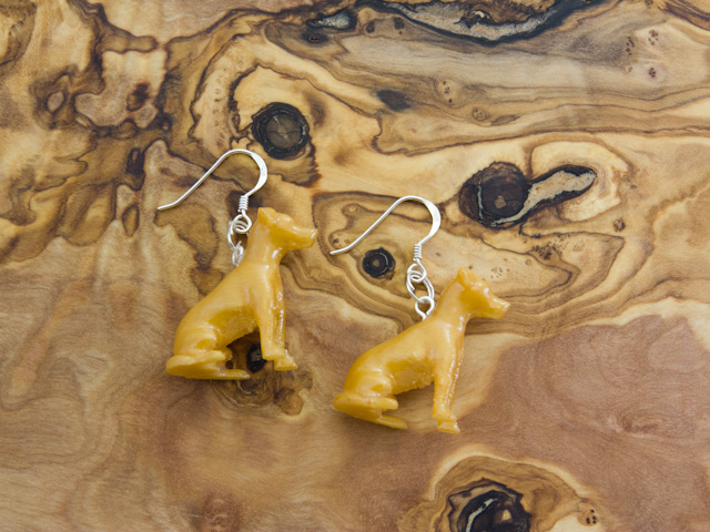 Jack Russell earrings in gold