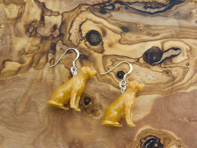 Labrador 3d earrings in gold